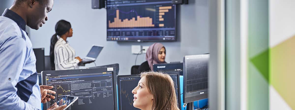 Accounting and Islamic Finance - BSc (Hons) - 2021/22 Entry | Birmingham  City University