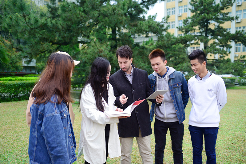 Students take part in outdoor class