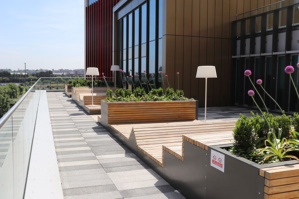 Curzon Facilities 6 600x400 - Roof terrace floor 1