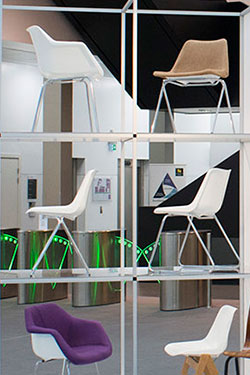 Day Hille chair exhibition