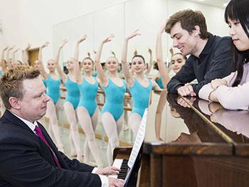 Elmhurst Ballet School 1