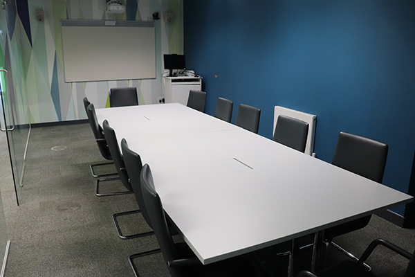 Marketing Link Agency 2 600x400 - Conferencing suite