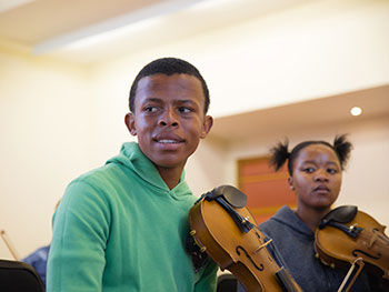 South African Youngsters Open Birmingham International Viola