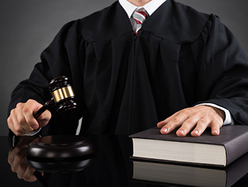 Centre for American Legal Studies Nupej Page Image 350x263 - Judge with a gavel