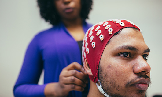 Social Sciences School - News - ATD - See Our Kit Image 530x320 (Man with EEG cap on)