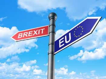 Sign post with Brexit in one direction and the EU in another.